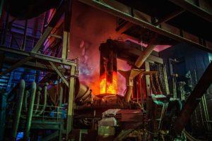SLIDER-Failure-Analysis-Services-Steel-making-workshop